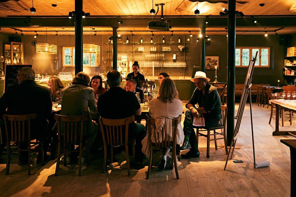Abendessen im Farmer's Club Restaurant
