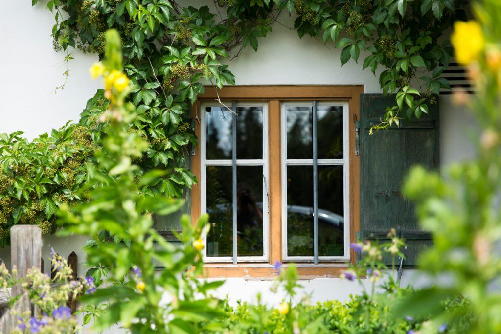 Bauernhaus exklusiv - historisches Fenster